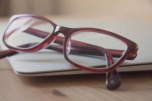 glasses-789836_640